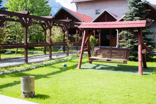 Galerie Foto   Vila Doi Ponei Busteni